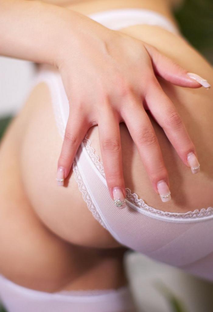 Asian naked babe